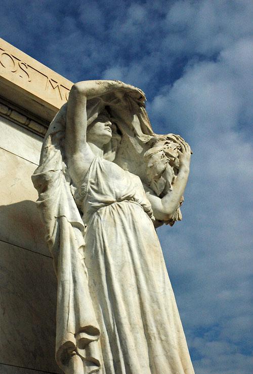 Statue in Avignon Gardens